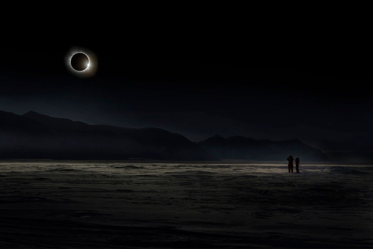 The total solar eclipse in Svalbard